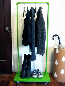 Single Rail Pipe Clothing Rack