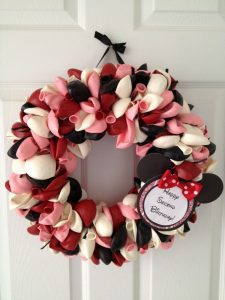 Minnie Mouse Balloon Wreath