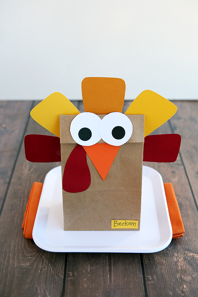 20 fun and crafty paper bag turkey projects