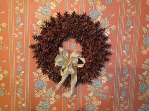 How to Make a Pinecone Christmas Wreath