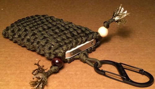 29 diys for making paracord pouch with simple instructions for Cool things to do with paracord