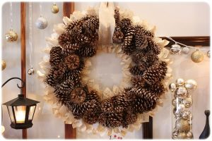 Pinecone Wreath Idea