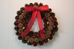 Pinecone Wreath How to Make