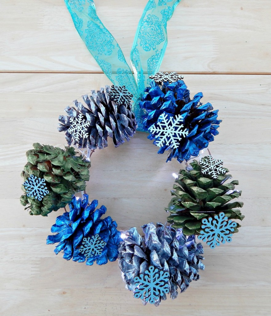 30 decorative diys to make a pine cone wreath guide patterns for Pine cone crafts for children
