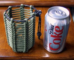 Vertical Half Hitched Paracord Pouch/Can Koozie