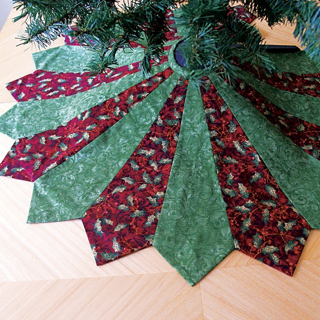 Free quilted christmas tree skirt patterns guide