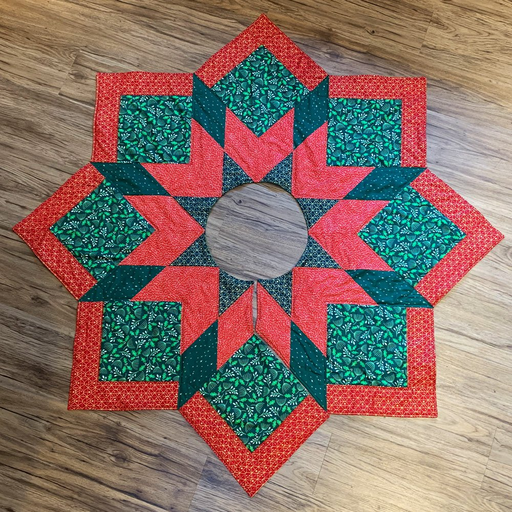 20 Free Quilted Christmas Tree Skirt Patterns | Guide Patterns