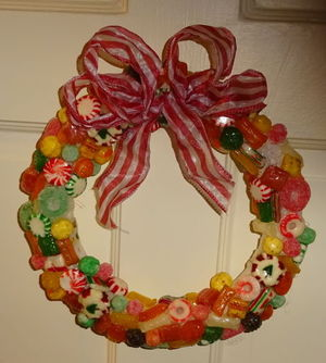 how to make a candy wreath