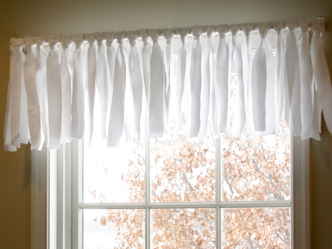 25 easy no sew valance tutorials guide patterns Simple window treatments