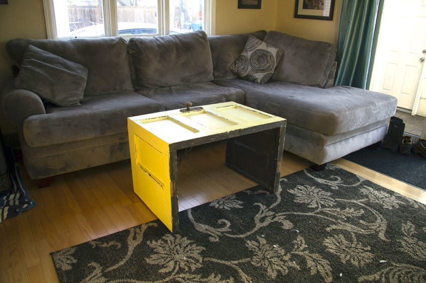 15 DIY Coffee Tables Made From Old Doors Guide Patterns