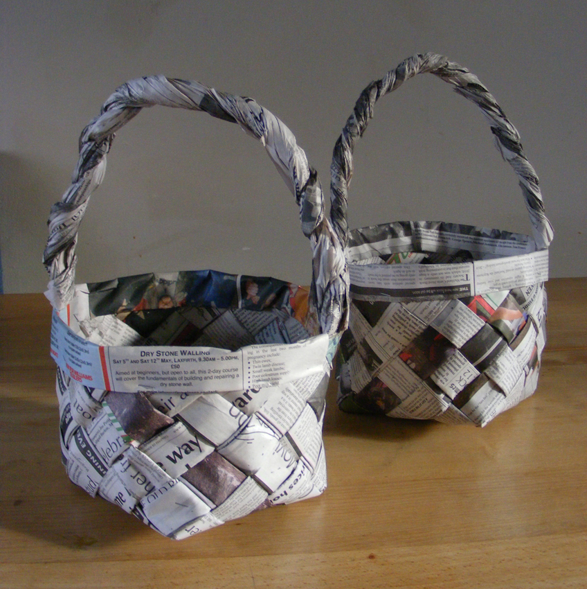 36 Tutorials for Weaving a Basket out of Newspaper | Guide