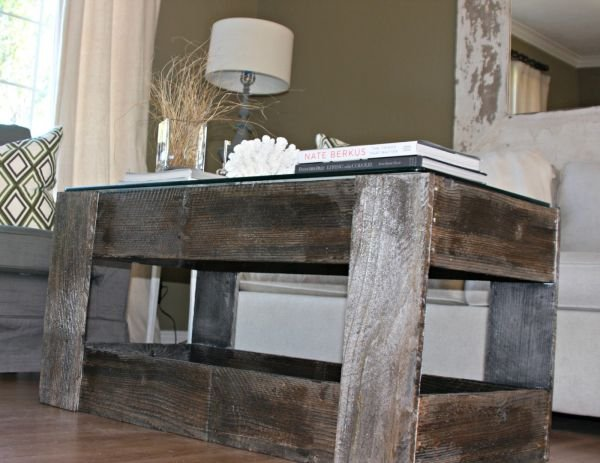 Very 11 Tutorials to Build a Log Coffee Table | Guide Patterns VY85