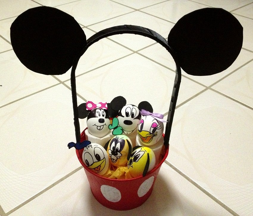 12 Adorable Mickey Mouse Easter Basket Diys With