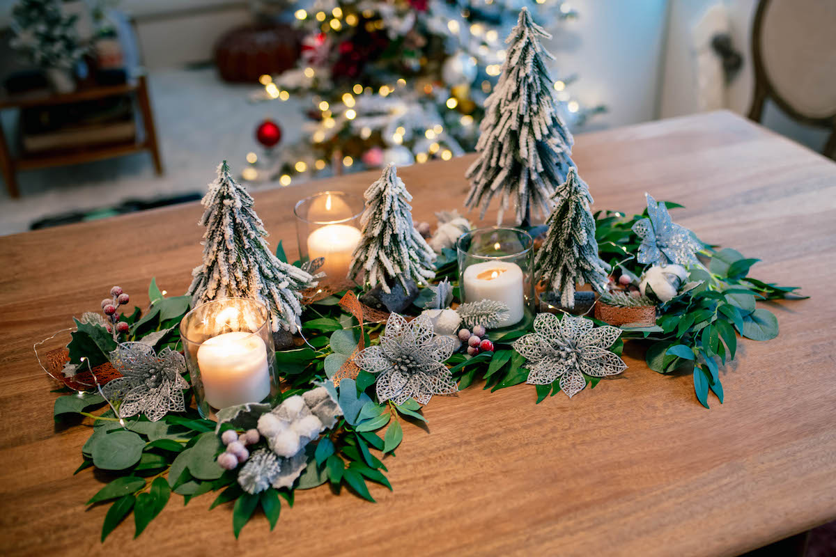 Christmas Table Runners.33 Free Patterns For Making A Christmas Table Runner Guide