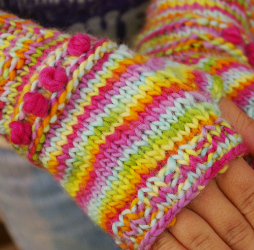48 Knitting Patterns for Fingerless Gloves | Guide Patterns