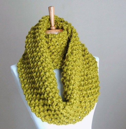 4c3b5994d12360 36 Free Infinity Scarf Knitting Patterns