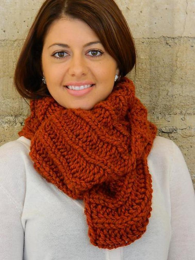 36 Free Infinity Scarf Knitting Patterns | Guide Patterns