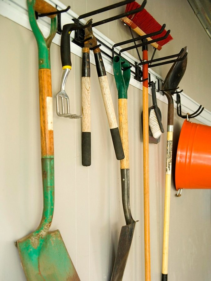 Garden Tool Rack Diy Garage