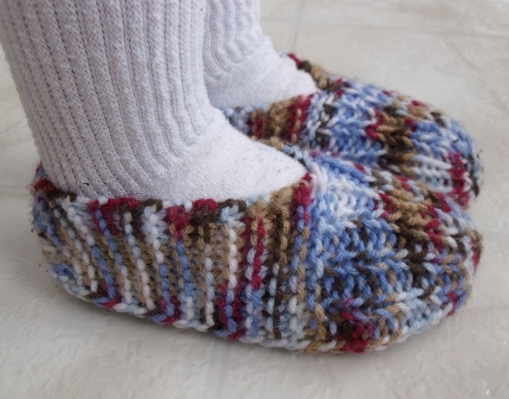 30 Free Patterns of Knitted Slippers | Guide Patterns
