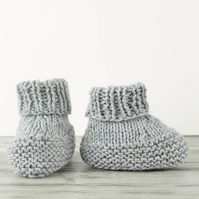 b996f3dfeb9a 30 Free Patterns for Knitted Baby Booties