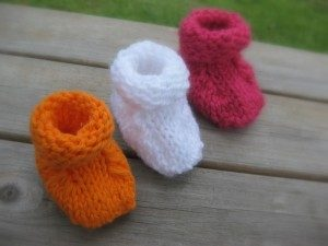 29 Free Patterns for Knitted Baby Booties | Guide Patterns
