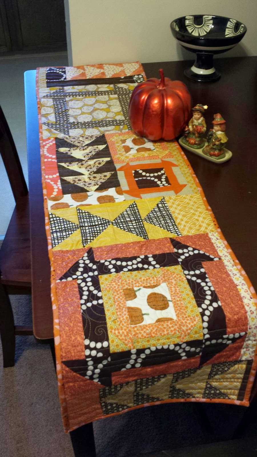 11 Thanksgiving Table Runner Patterns And Diys Guide