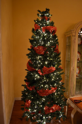 Christmas Tree With Mesh Ribbon Images.How To Put Ribbon On A Christmas Tree 20 Decorating Ideas
