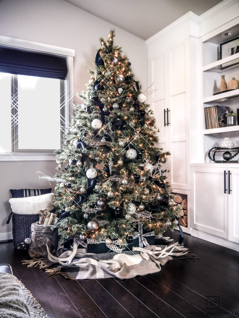 How To Decorate A Christmas Tree With Ribbon.How To Put Ribbon On A Christmas Tree 20 Decorating Ideas