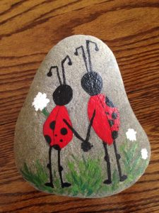 10 Easy Ways to Paint Cute Ladybugs on a Rock Guide