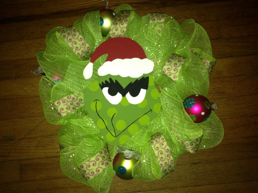 12 Diy Ideas To Make A Grinch Wreath Guide Patterns