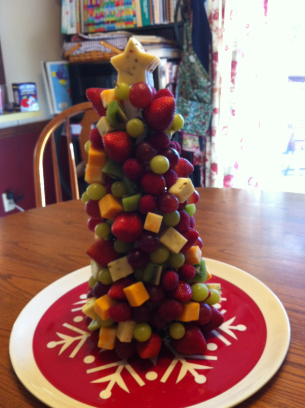 Christmas Tree Fruit.11 Ways To Make A Fruit Christmas Tree Guide Patterns
