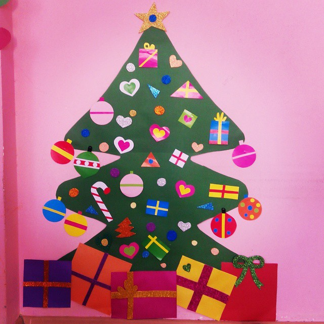 15 Christmas Bulletin Board Tutorials And Ideas Guide Patterns
