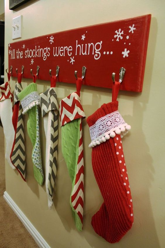 26 Diys To Make A Stocking Holder Guide Patterns